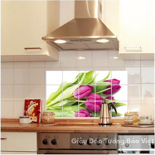 Dán Tường Bếp-Nhôm dán bếp hoa tulip hồng